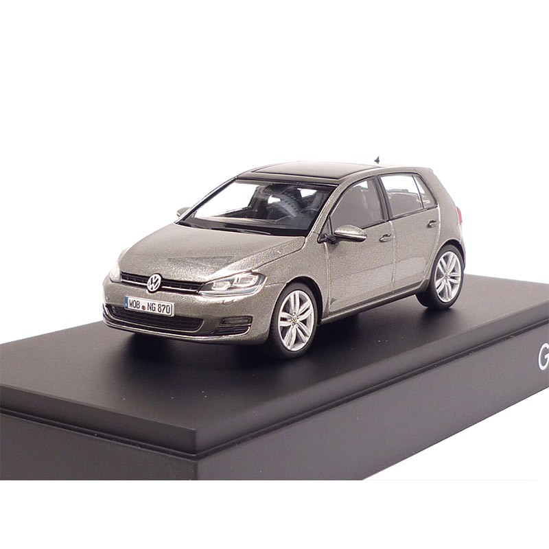 vw golf 7 limestone grey 5 t rig 1 43 modellauto 5g4099300ev1. Black Bedroom Furniture Sets. Home Design Ideas