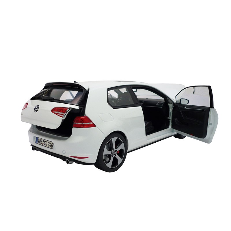 vw golf 7 gti oryxwei 3 t rig 1 18 modellauto. Black Bedroom Furniture Sets. Home Design Ideas