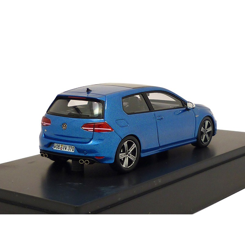 vw golf 7 r rising blue metallic 3 t rig 1 43 modellauto. Black Bedroom Furniture Sets. Home Design Ideas
