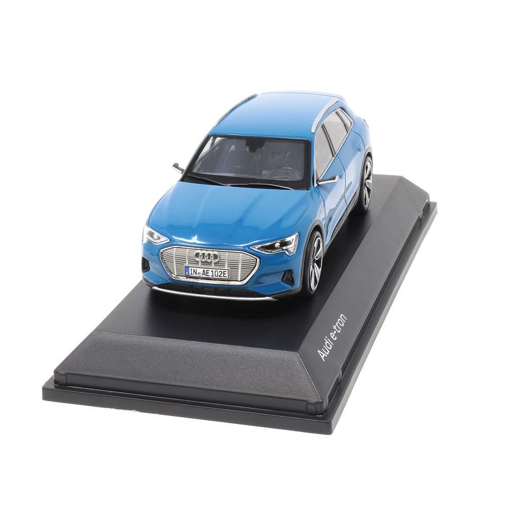 Audi e-Tron 1:43 Antiguablau