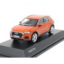 Audi Q3 Pulsorange 1:43 Modellauto 5011803632 Miniatur Orange Minimax Original