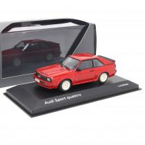 Audi Sport quattro Tornadorot 1:43 Modellauto Klassiker Miniatur Modell Rot 1984 Original Tradition
