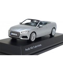 Audi A5 Cabriolet 1:43 Florettsilber 5011705331 Modellauto Minimax