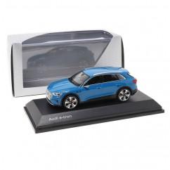 Audi e-tron Antiguablau 1:43 Modellauto 5011820631 Miniatur Blau Blue e tron Original Minimax